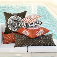 west-elm-sundial-outdoor-pillow-set