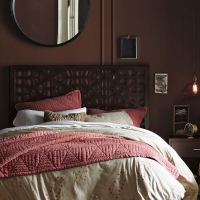 west-elm-winter-berry-duvet-cover-and-shams