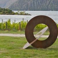 modern-sculpture-in-the-landscape
