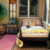 outdoor-bed-at-this-old-house