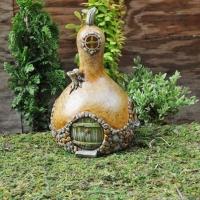 tiny-gourd-house