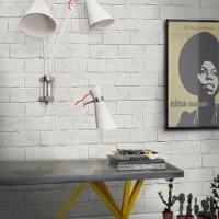simone working_reading_unique_lamp