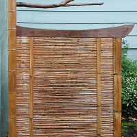 Branch sleeve garden gate