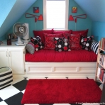 Wide view of daybed nook - still to do: build bookshelves