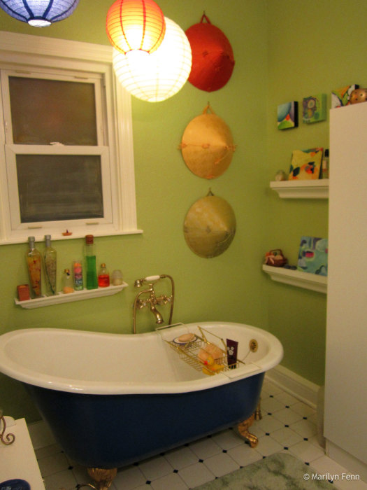 After painting - the tub area