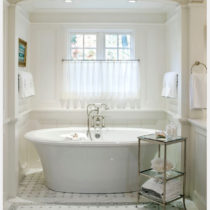 Inspiration bathtub alcove with pilasters and arch