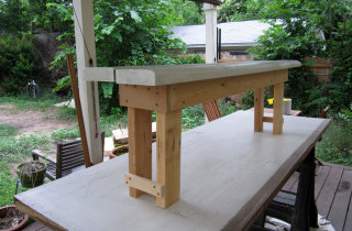 Narrow-stance garden bench – 3/4 view