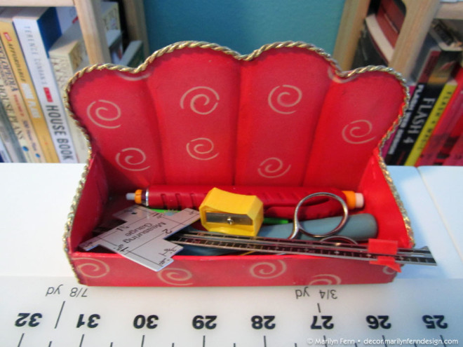 Tools for measuring and marking fabric